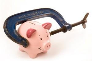 Låna pengar med skuldsaldo utan att förstöra spargrisen